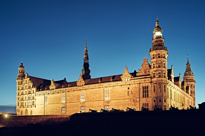 Kronborg by night 02 - Foto Peter Brinck 2015 - Ejer SLKE
